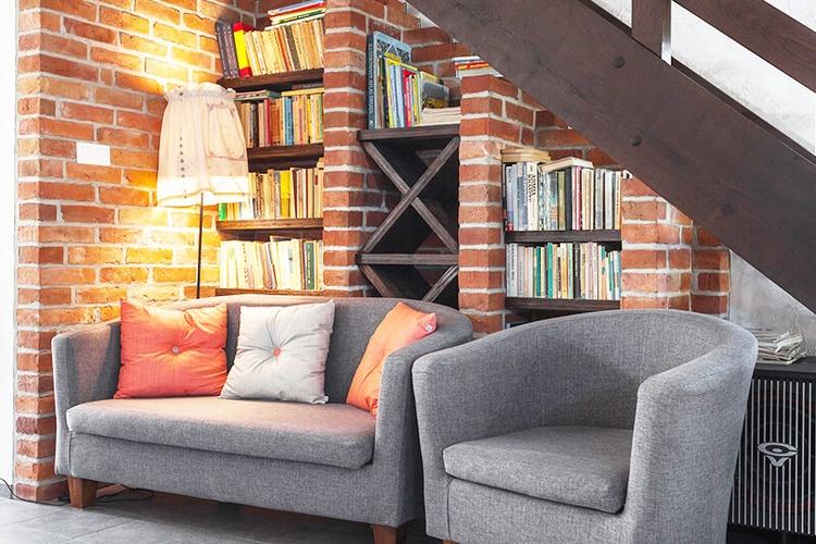 der landhausstil ist einer der beliebtesten wohntrends auch f r das wohnzimmer. Black Bedroom Furniture Sets. Home Design Ideas